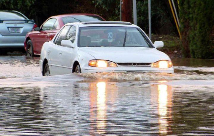 Chuẩn bị xe hơi – sẵn sàng cho mùa mưa